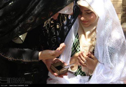 گروه تلگرام ایرانیان ترکیه خطبه عقد زوج جوان در کنار مزار یک شهید (عکس)
