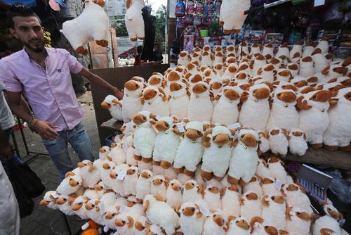 فروش عروسک های عید قربان در باریکه غزه