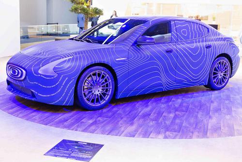 نمایش خودروی مفهومی الکترونیک سِدان در نمایشگاه بین المللی خودرو فرانکفورت