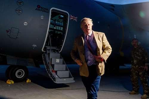 سفر بوریس جانسون وزیر امور خارجه بریتانیا به جزایر بریتانیا در حوزه کاراییب برای ارزیابی میزان خسارات توفان ایرما