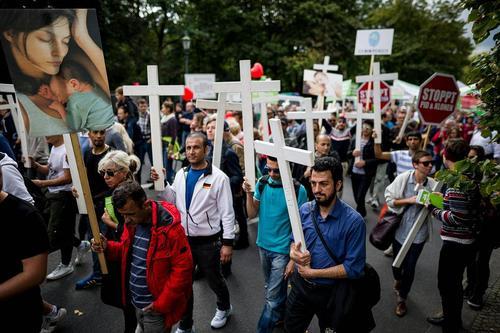 تظاهرات برضد سقط جنین در برلین آلمان