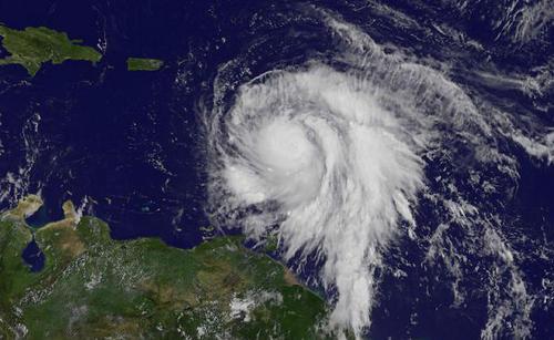 تصویر ماهواره ای از توفان جدید در راه مجمع الجزایر دریای کاراییب. توفان