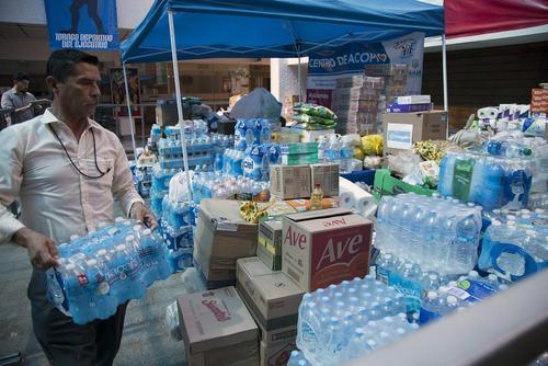 کمک های غذایی به زلزله زدگان مکزیکوسیتی