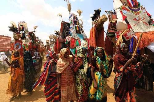 استقبال قبایل جنوب سودان از عمر البشیر رییس جمهور سودان شمالی