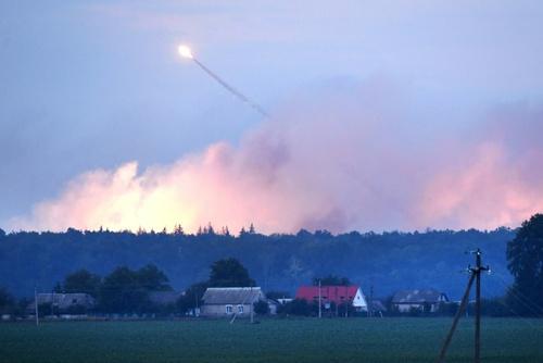 انفجار انبار مهمات در اوکراین / خبرگزاری فرانسه