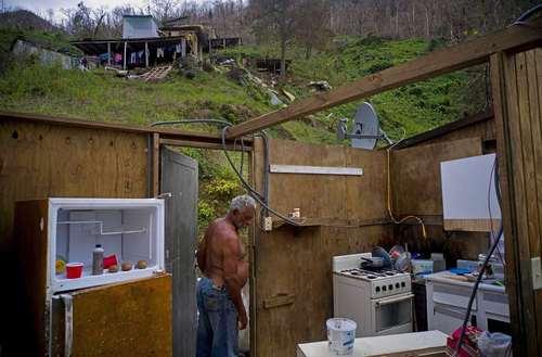 کنده شدن سقف خانه ها در شهر