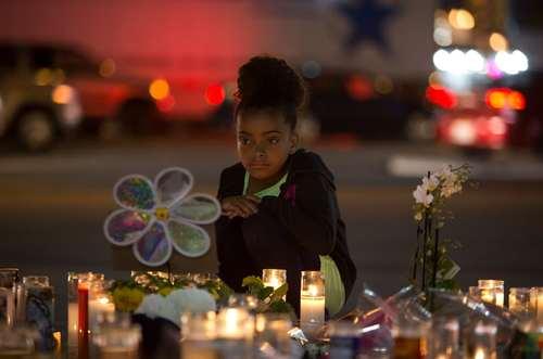 در ماتم قربانیان تیراندازی هفته گذشته در شهر لاس وگاس آمریکا – لاس وگاس