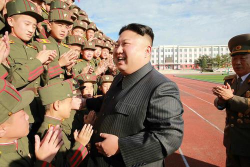 بازدید رهبر کره شمالی از مدرسه انقلابی