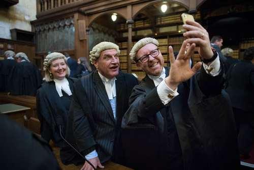 سلفی گرفتن قضات دادگاه عالی بریتانیا – لندن