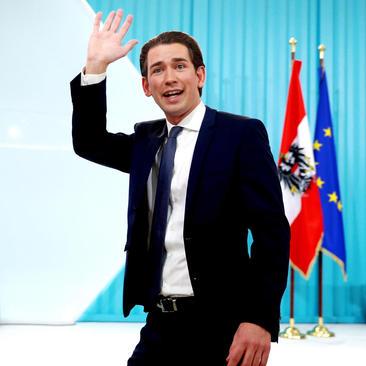 سباستین کورتز وزیر امور خارجه سابق اتریش و رهبر حزب محافظه کار مردم  با کسب پیروزی در انتخابات سراسری اتریش با 31 سال سن در آستانه کسب عنوان جوان ترین صدر اعظم اتحادیه اروپاست.