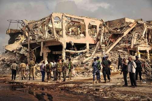 مرگبارترین حمله تروریستی با استفاد از خودروی بمبگذاری شده در پایتخت سومالی در 10 سال گذشته. در این حمله دستکم 250 نفر کشته و صدها نفر دیگر زخمی شدند.