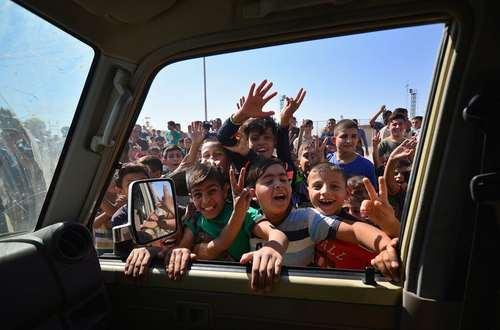 استقبال از نیروهای عراقی در مرکز شهر کرکوک
