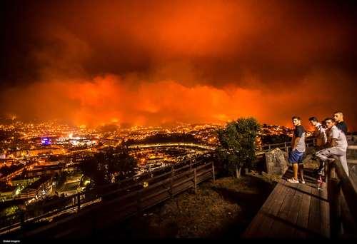تماشای آتش سوزی جنگل های اطراف شهر براگا پرتغال
