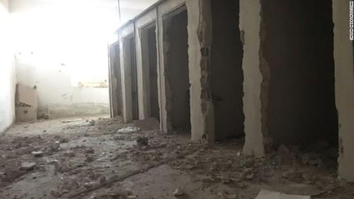 زندان داعش در طبقه پایین استادیوم اصلی شهر رقه سوریه