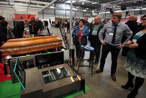 نمایشگاه صنایع کفن و دفن در جمهوری چک