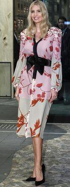 لباس نیمه کیمونویی ایوانکا که مورد توجه رسانه ها قرار گرفت