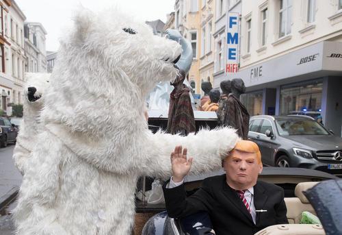 گردهمایی های در حاشیه کنفرانس بین المللی تغییرات اقلیمی در شهر بن آلمان