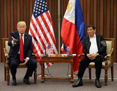 دیدارسران آمریکا و فیلیپین در حاشیه نشست