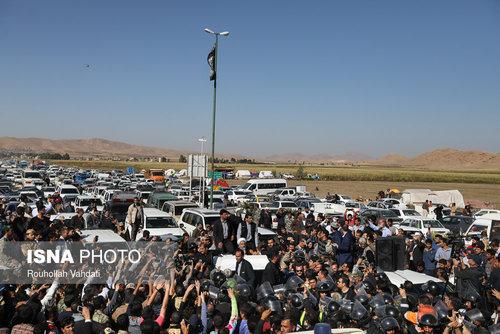بازدید رئیسجمهور از مناطق زلزلهزده استان کرمانشاه (عکس)