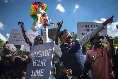 شادمانی مردم زیمبابوه از استعفای رابرت موگابه - هراره