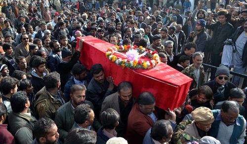مراسم تشییع قربانیان حمله انتحاری به کلیسایی در کویته پاکستان