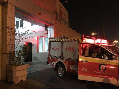 آماده باش کامل ماموران آتش نشانی و امداد بعد از زلزله