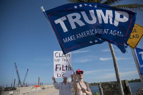 استقبال حامیان ترامپ از او در پالم بیچ ایالت فلوریدا آمریکا