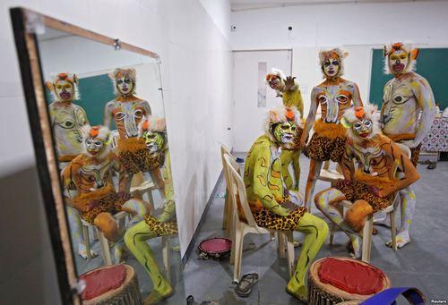 یک گروه نمایش در بنگلور هند