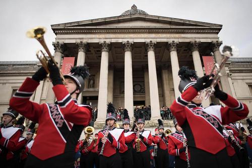 جشنهای آغاز سال جدید میلادی در میدان ترافالگار لندن