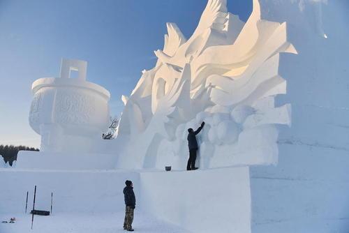 جشنواره سازه های برفی و یخی در چانگچون چین