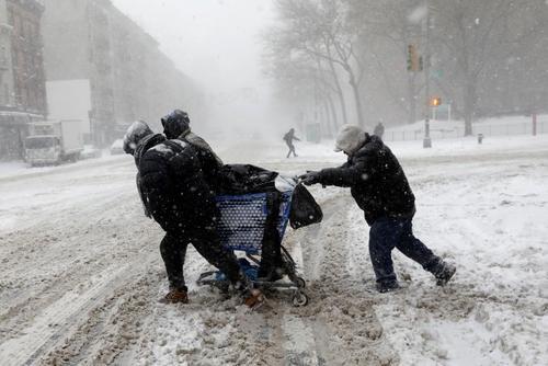 موج شدید برف و سرما در سواحل شرقی آمریکا – نیویورک