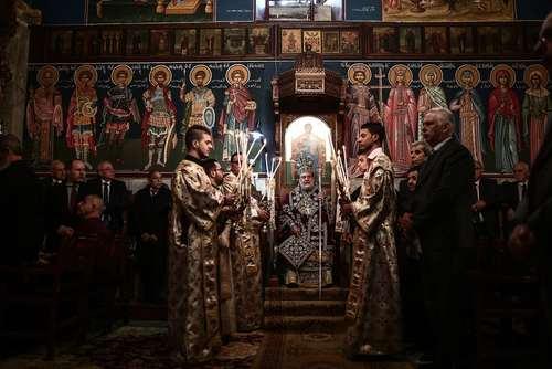 مراسم کریسمس مسیحیان ارتدوکس در کلیسای جامع