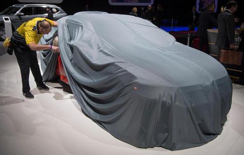 نمایشگاه سالانه خودرو در شهر دیترویت ایالت میشیگان آمریکا