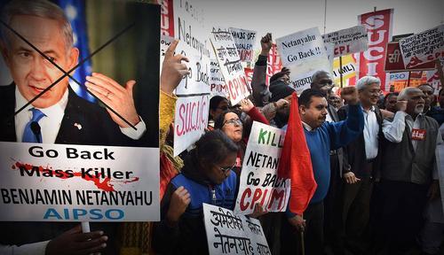 تظاهرات اعضا و فعالان احزاب چپ هند در اعتراض به سفر 6 روزه بنیامین نتانیاهو نخست وزیر اسراییل به هند- دهلی نو/ عکس: هندوستان تایمز
