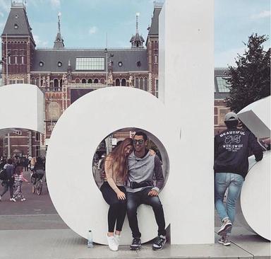 جنیفر گیتس 21 ساله با دوست مصری اش