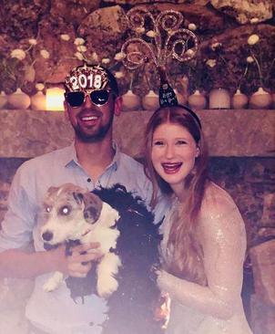 عکس های جشن آغاز سال نو میلادی در صفحه اینستاگرام جنیفر گیتس