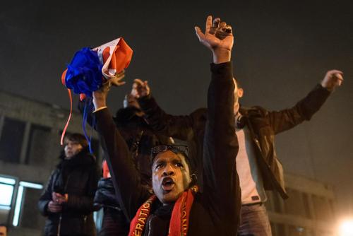 تظاهرات کارکنان زندانهای فرانسه با مطالبات صنفی و افزایش حقوق و دستمزد- پاریس