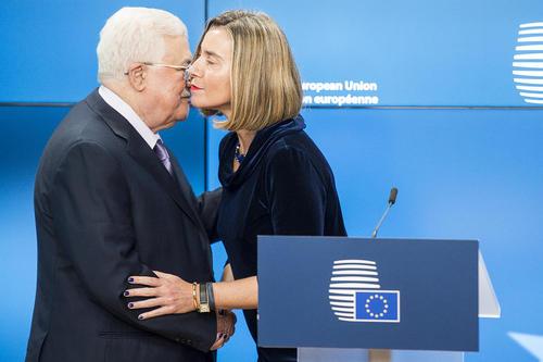 نشست خبری مشترک محمود عباس رییس تشکیلات خودگردان فلسطین با فدریکا موگرینی مسئول سیاست خارجی اتحادیه اروپا- برو ل