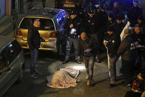 قتل یک زن 54 ساله رییس مافیا با شلیک 3 گلوله به صورتش در شهر ناپل ایتالیا