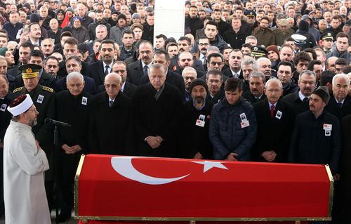 مراسم تشییع یک سرباز کشته شده در حمله ارتش ترکیه به شمال سوریه- آنکارا