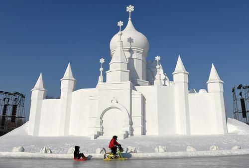 نمایشگاه سازههای برفی و یخی در هاربین چین