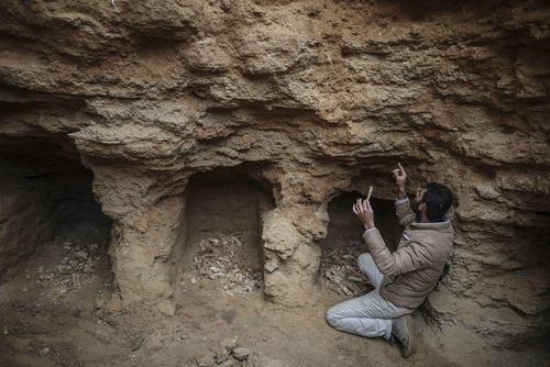 پیدا کردن یک مقبره رومی حاوی 9 قبر متعلق به 2 هزار سال پیش در بیت حانون در شمال باریکه غزه
