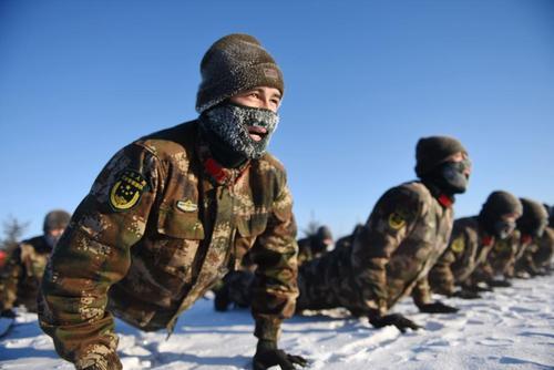 تمرینات بدنی ارتش چین