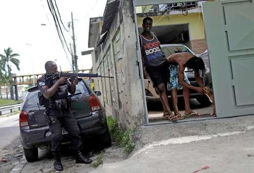 عملیات پلیس برزیل برای دستگیری اعضای باندهای قاچاق مواد مخدر- ریودوژانیرو