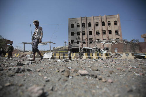 حمله هوایی جنگندههای سعودی به یک ساختمان  حکومتی حوثیها در شهر صنعا یمن