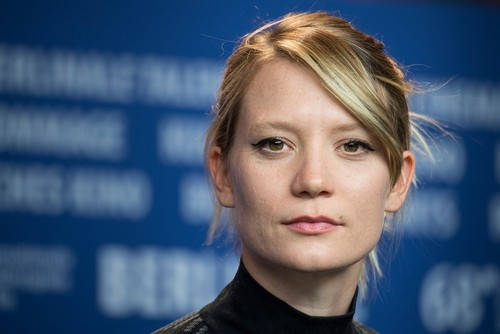 میا واشیکوفسکا بازیگر فیلم «دوشیزه» در برلین