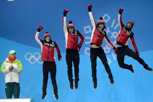 شادمانی تیم کانادایی از کسب مدال برنز المپیک زمستانی پیونگ چانگ