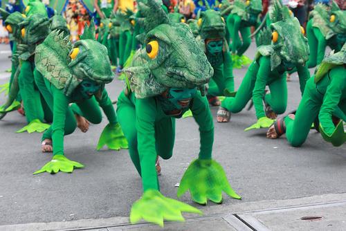 حضور دانشآموزان در جشنواره سالانه