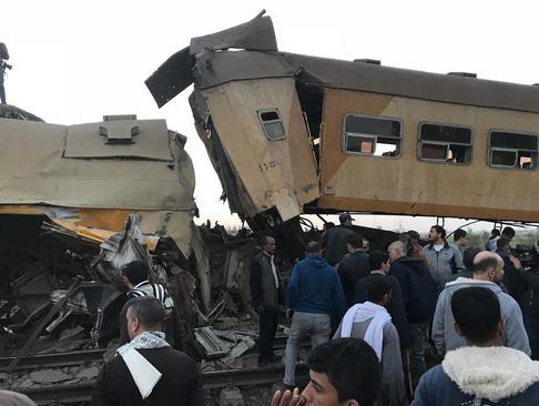 15 کشته در تصادف یک قطار مسافربری با یک قطار باری در شمال مصر