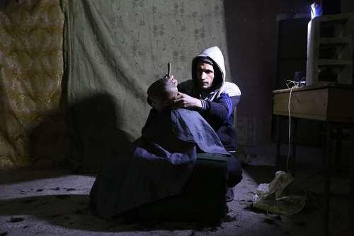 سلمانی در منطقه جنگزده غوطه شرقی شهر دمشق سوریه